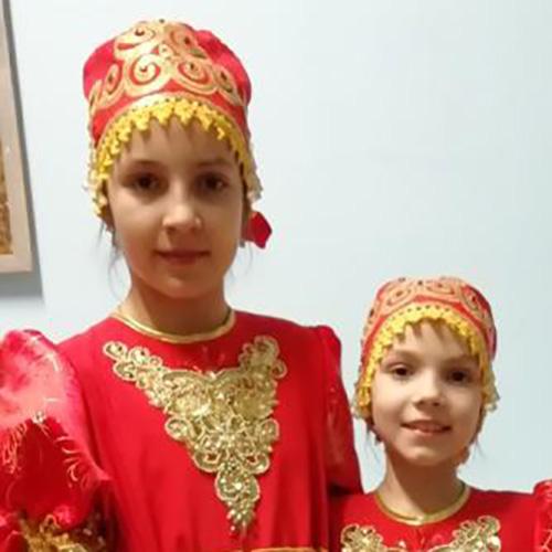 Катя и Александра, 11и9лет
