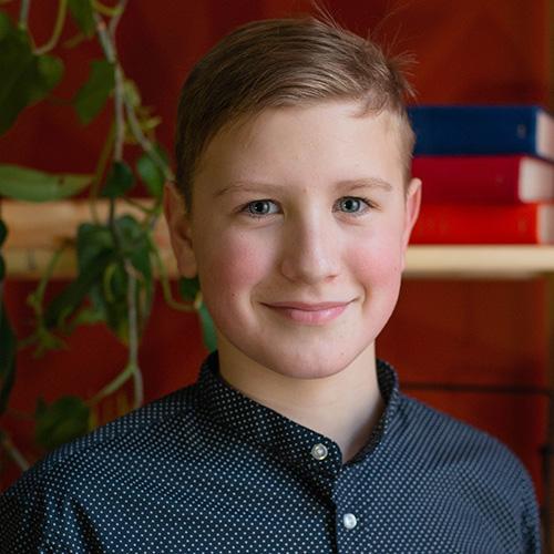 Андрей, 13лет