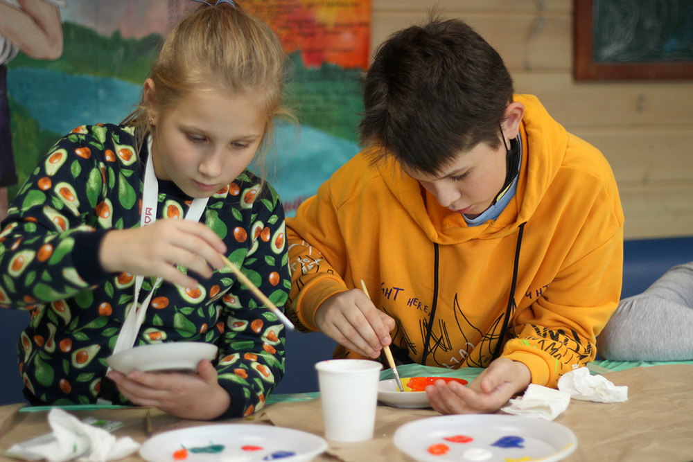 Фонд «Яесть!» набирает группу семейной арт-терапии