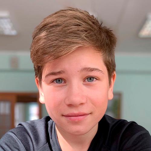 Михаил, 14лет